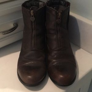 Girl's Ariat Paddock Boots; Size 4